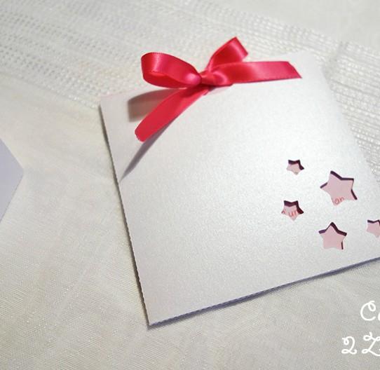 faire-part pochette carré étoile blanc irisé rose 1