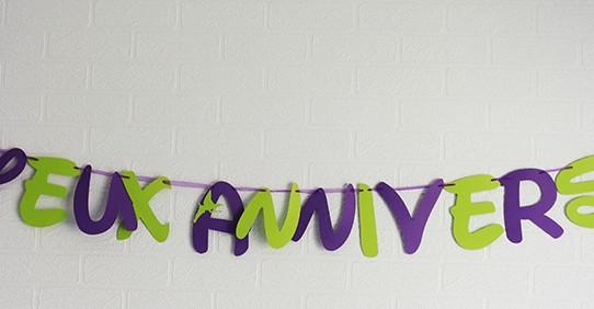 guirlande anniversaire clochette vert violet