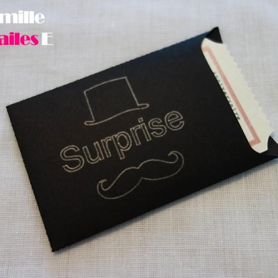 faire-part mini pochette cinéma moustache surprise noir ivoire irisé 1
