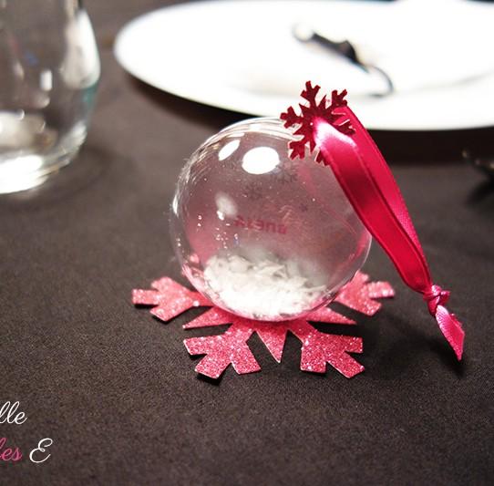 marque-place boule neige argenté fuchsia pailleté recto verso 1