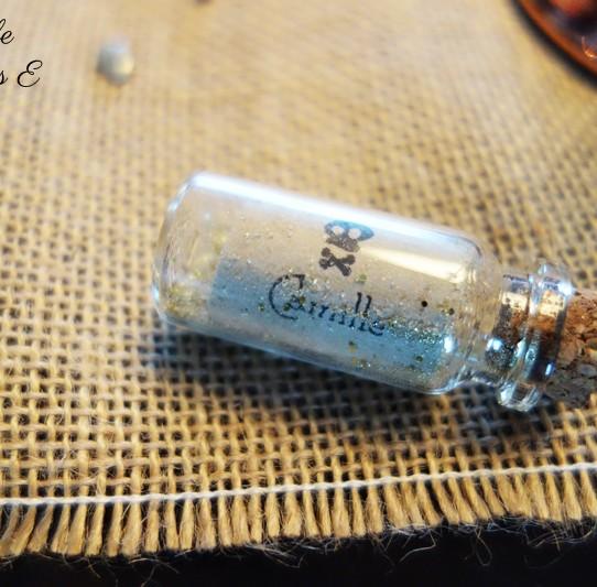 marque-place mini bouteille parchemin