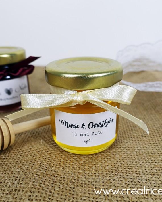 petit pot cueillere miel 2