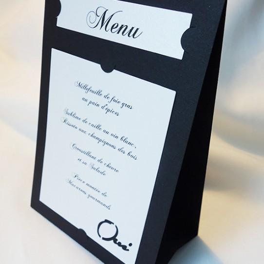 menu autoportant oui noir et blanc 1
