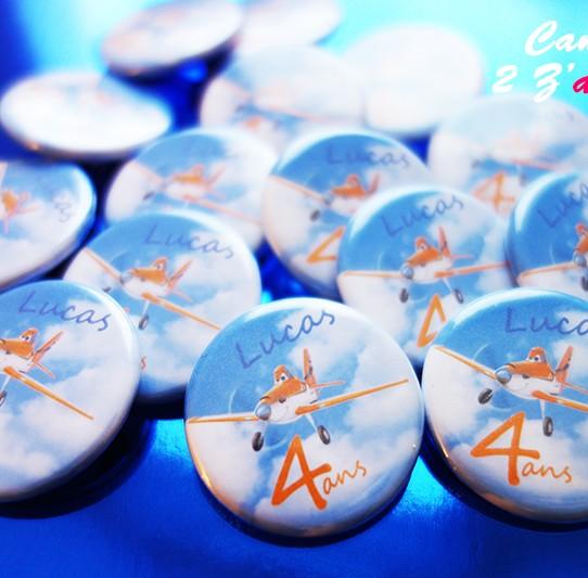 badge magnet 32 planes dusty ciel