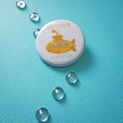 badge magnet 32 sous-marin jaune