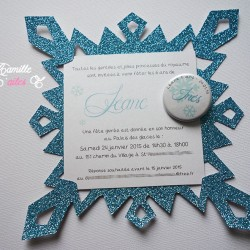 invitation anniversaire flocon pailleté reine neiges badge 1