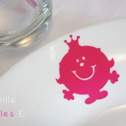 stickers éphémères madame princesse fuchsia