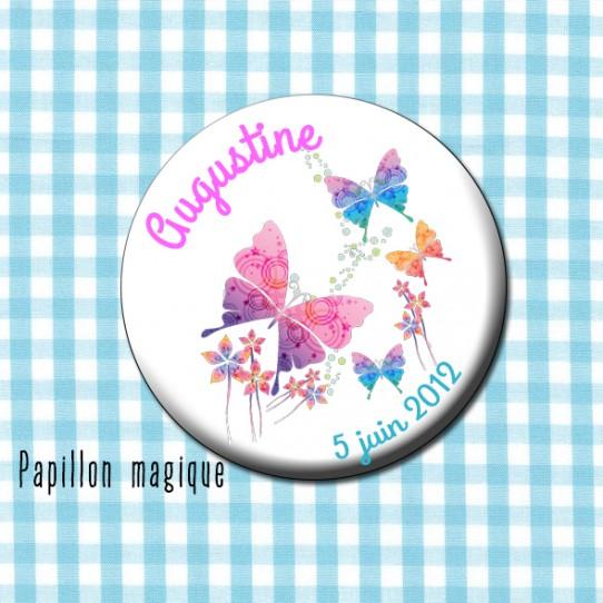 badge 32 papillon magique