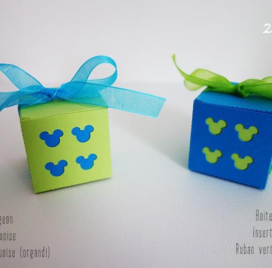 boite mickey vert bourgeon bleu turquoise