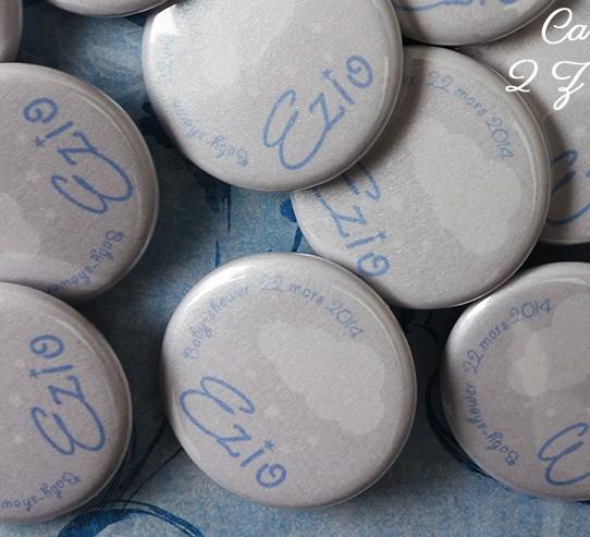 badge magnet 32 nuage pluie étoile gris blanc bleu irisé