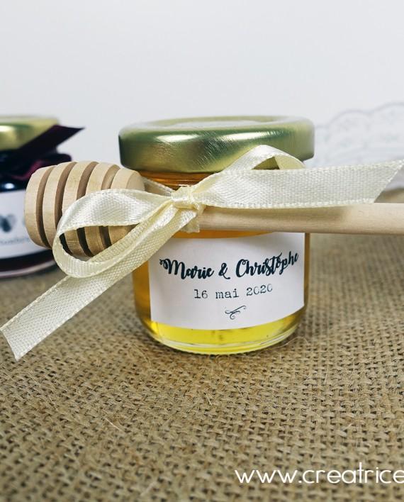 petit pot cueillere miel