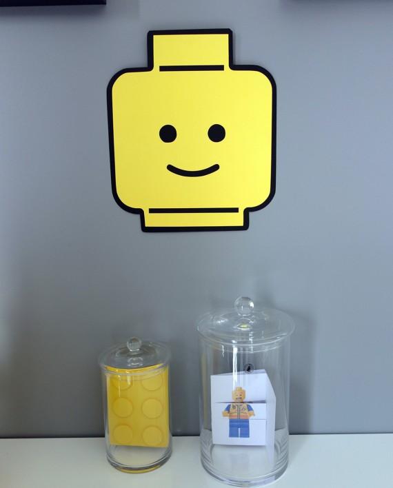 affiche tete lego