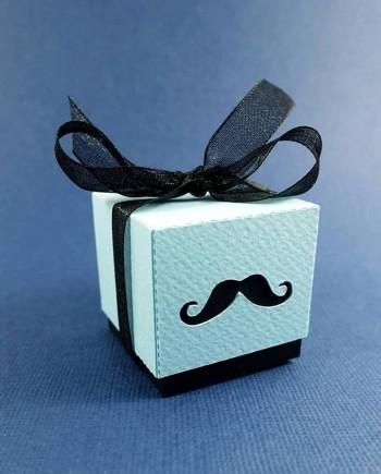boite double dragees moustache