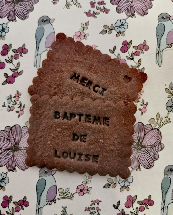 biscuits personnalisés bapteme chocolat